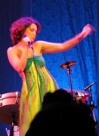 Maria Rita Performing